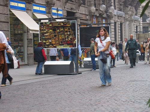 Milano capitale della moda - Via Dante