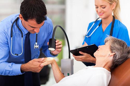 Visite mediche specialistiche a Salerno - Dermatologi