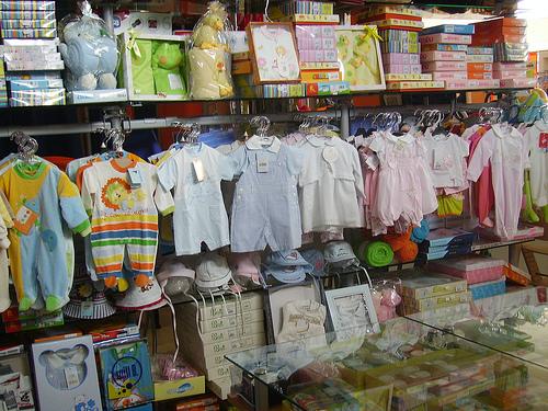 Negozi e moda a Piacenza - Abbigliamento bambini.jpg