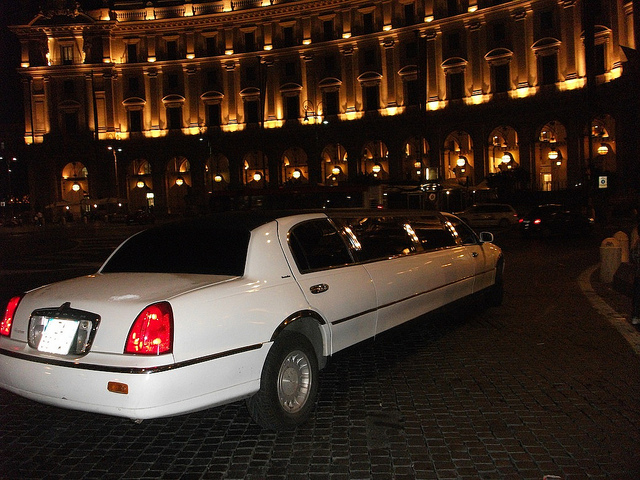 Prendere un'auto a Noleggio a Roma.jpg